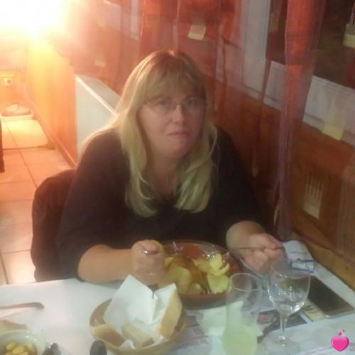 martinha78, Femme 47  Les Clayes-sous-Bois Île-de-France