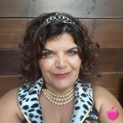 Photo de Fathy, Femme 59 ans, de Fontainebleau Île-de-France