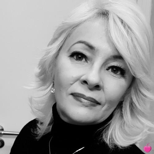Photo de Marlúcia, Femme 48 ans, de Paris Île-de-France