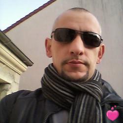 Photo de jojo1012, Homme 46 ans, de Auvernaux Île-de-France