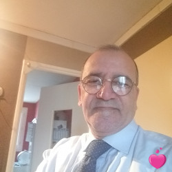 Photo de Jonas, Homme 62 ans, de Paris Île-de-France