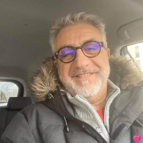 Photo de colas78947, Homme 49 ans, de Saint-Étienne-de-Serre Rhône-Alpes