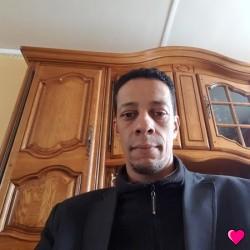 Photo de Hiphoptuga, Homme 43 ans, de Langres Champagne-Ardenne