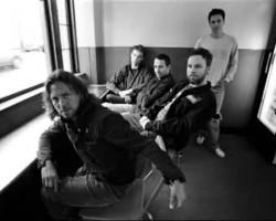 Pearl Jam - Off He Goes - lyrics
