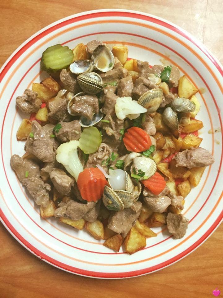 <p>carne de porco  aletejana</p>