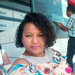 Photo de Sophie, Femme 36 ans, de Antananarivo Antananarivo