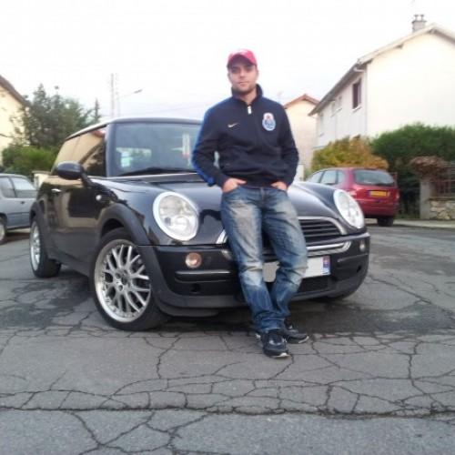 Photo de mickael, Homme 32 ans, de Villiers-sur-Marne Île-de-France