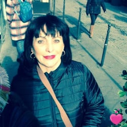 Photo de marietta, Femme 69 ans, de Martigues Provence-Alpes-Côte-dʿAzur