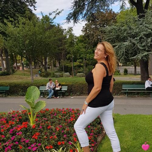 Photo de Carmo, Femme 49 ans, de Paris Île-de-France